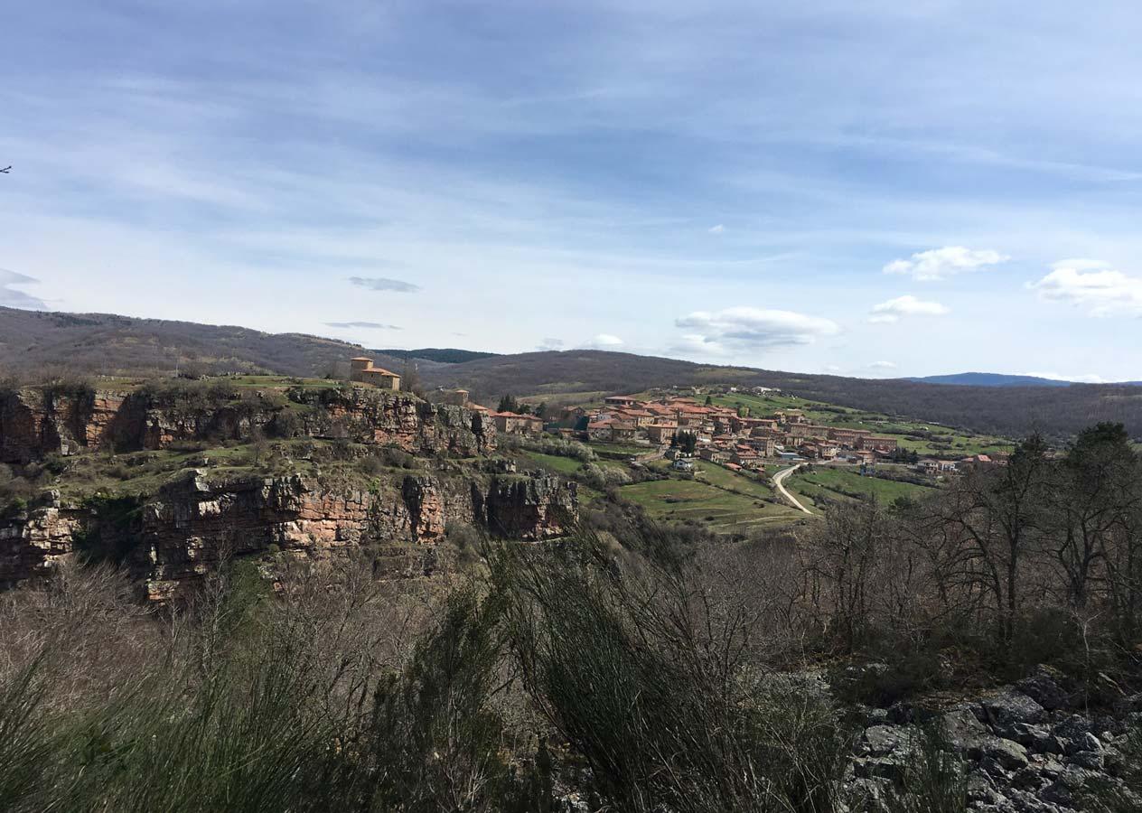 Vista del pueblo de lumbreras